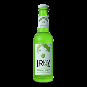 Freez-Kiwi-lime-frisdrank Freez-Mango-perzik-frisdrank Freez-Mojito-frisdrank Freez-Ananas-cocos-frisdrank Freez-Grenadine-frisdrank Freez-Citroen-gember-frisdrank Freez-Appel-druif-frisdrank Freez-Berrymix-frisdrank freez berry mix Freez-Lychee-frisdrank Freez-Mojito-aardbei-frisdrankFreez-Aardbei-frisdrankFreez-Blue-Hawaii-frisdrank in glas blauwe sparkelend koolzuurhoudend drankje met trekdop freez aardbei roze zoete zachte frisdrank mojito aardbei cocktail mixer lychee zoet doorzichter helder berrymix fruit de bois donker rode donkerrood bessensmaak frisdrank met bessen smaak appel druif groen freez pomme raisin citroen gember citron gingembre zwarte frisdrank in glas grenadine granaatappel sap granaatappelsap ananas cocos ananas kokos ananas coco pinacolade pina colada mojito lemon grass glass freez mango peach perzik en smaak freez kiwi lime limoen geel helder zoetzure frisdrank